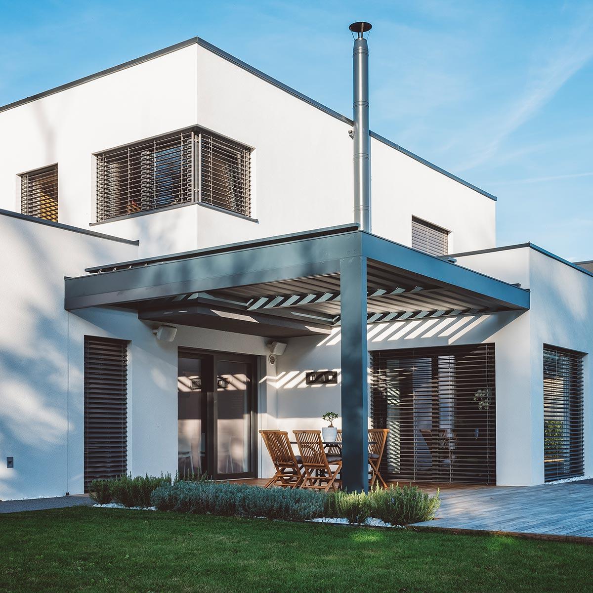 Fensterputzer in Wismar und Umgebung für private Haushalte.